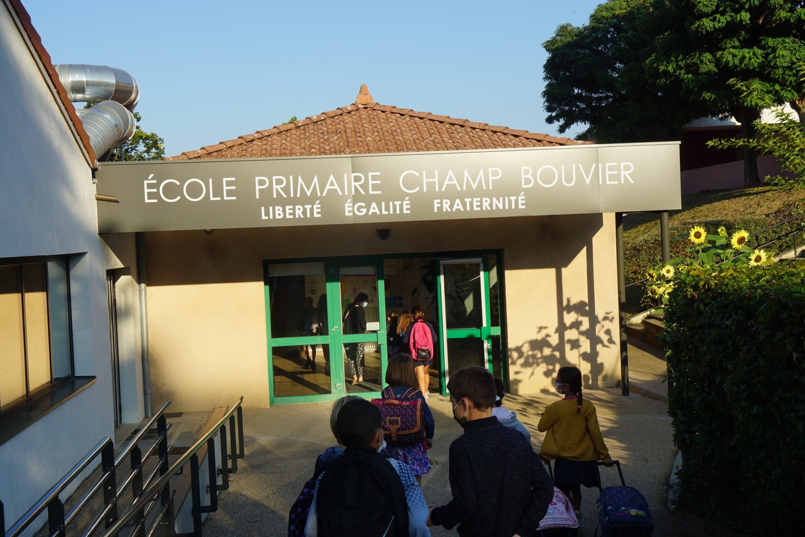 école de Champ Bouvier